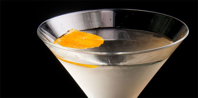 James-Bond-MArtinis-By-Javier-de-las-Muelas-Dry-Barcelona-Madrid-09