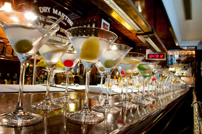 Javier-de-las-Muelas-100-Dry-Martinis-Collection-6500px